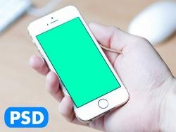 手拿iphone的样机模板psd文件